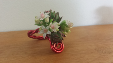 Hand Talk Floral Ring