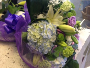 Hand Tied Bouquet Mothers Day in Burnaby, BC | PETAL PUSHERS FLORIST INC.