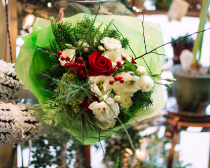 Hand Tied Christmas Cheer Vase Ready, Hand Tied Bouquet