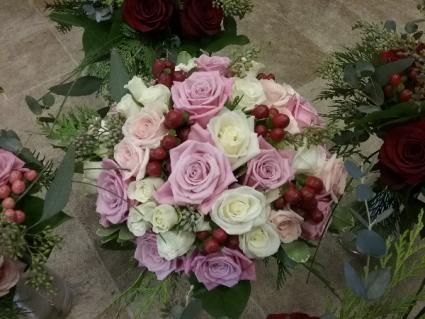 Handheld bouquet of Roses Bridal Bouquet