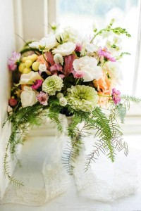 Hannah's Happiness Country Garden Bouquet Abloom Original