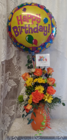 happy Birthday bouquet of roses and daisy