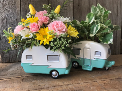 Happy Camper Flower Arrangement -FLOWERS