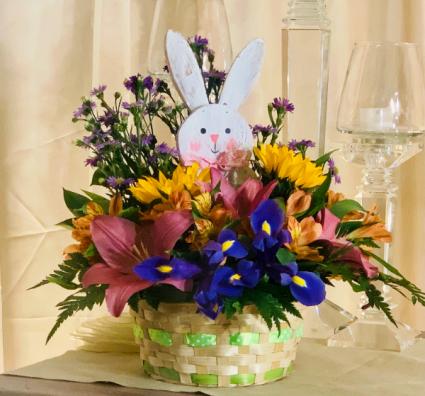 Happy Easter Basket w/ Bunny
