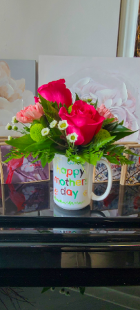 Happy Mothers day mug arrangements