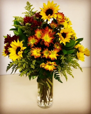 Harvest Time Fall Colors with Sunflowers in Plainview, TX | Kan Del's Floral, Candles & Gifts