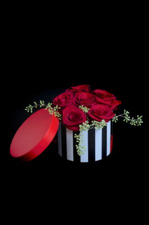 Hats off to Love Half Dozen Rose
