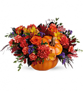 Hauntingly Pretty Pumpkin Bouquet   T20H100G