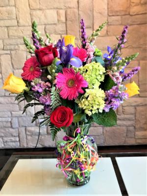 HAVING A BIRTHDAY CUSTOM ARRANGEMENT in Buda, TX   Budaful Flowers