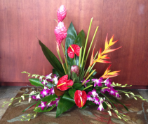 Hawaian Escape Tropical Arrangement