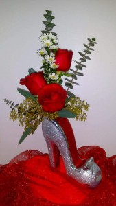 Head Over Heels 3 Rose Bud Vase