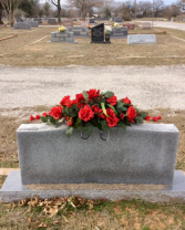 Head Stone Saddle Cementry Silk Arrangement P3