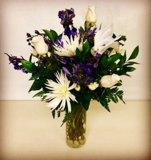 Heart Felt White and Blue Floral Design in Plainview, TX | Kan Del's Floral, Candles & Gifts