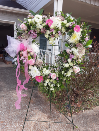 heart of pink wreath with pink shades