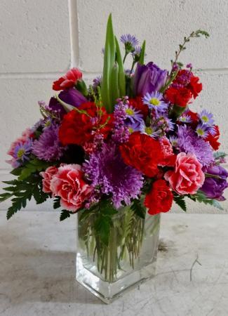 Heart Throb Arrangement in Clear Vase