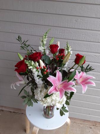 heart throb valentine vase