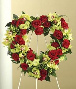 Heart Wreathe   in Teaneck, NJ   TEANECK FLOWER SHOP (A.A.A.A.A.)