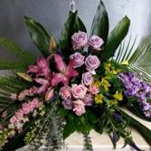 HEARTFELT EMBRACE  CASKET FLOWER