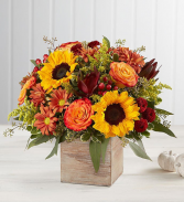 heartfelt radiance bounquet fall arrangement