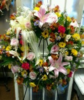 Heartfelt Sympathy Funeral Wreath
