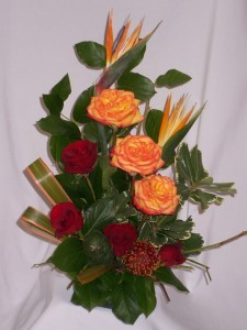 HEARTS AGLOWING - AMAPOLA BLOSSOMS: TROPICAL EXOTIC FLOWER DESIGNS Prince George BC. Flowers Roses Gifts