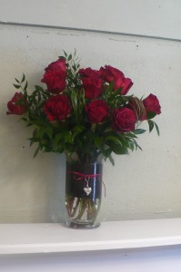"Hearts Deep Red Garden Roses with Charm 21"" tall"