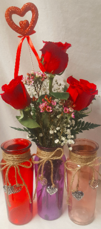 """""""HEARTS ON FIRE BUD VASE""""3 RED ROSES WITH HEART PIC IN A CUTE COLORED VASE WITH DANGLING HEARTS!"""