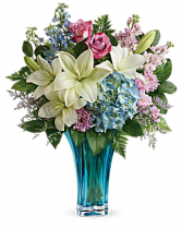 Hearts Pirouette Vase Arrangement