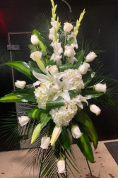 HEAVENLY AURA FLOWER ARRANGEMENT ELEGANT AND MIXTURE FLOWERS