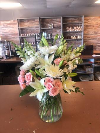 Heavenly Aura Flower Arrangment