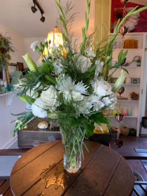 Heavenly Aura Sympathy  in Syracuse, IN   Dynamic Floral