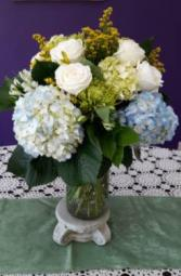 Heavenly Hydrangeas vase arrangement