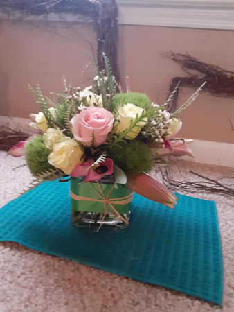 heavenly sent cube vase with roses lilies,trix and more