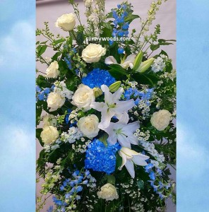 Heavenly Skyblue Spray Standing Spray in Chatham, NJ | SUNNYWOODS FLORIST