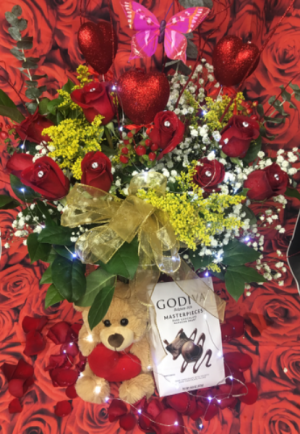 Wow Rose Arrangment  Roses  in Ozone Park, NY | Heavenly Florist