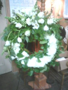 Heavenly White Wreath Standing Wreath in Cloverdale, CA | ANNIE'S FLORAL