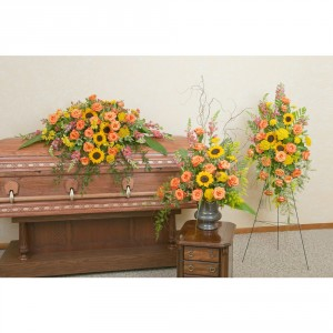 Heaven's Sunset Trio Spray in Spring, TX | TOWNE FLOWERS