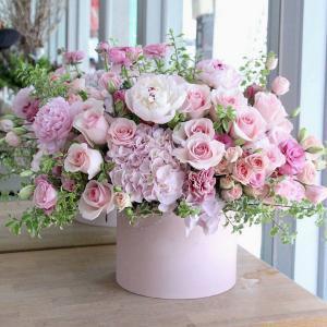 Dedicated Pinks   in Oakville, ON | ANN'S FLOWER BOUTIQUE-Wedding & Event Florist