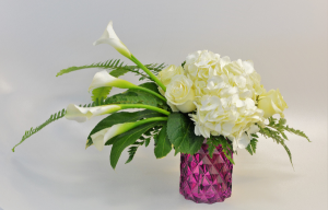 Hello Beautiful Bouquet in Holland, MI | GLENDA'S LAKEWOOD FLOWERS