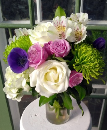Hello Beautiful vase arrangement