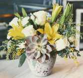 Hello Sunshine  in Carmel, Indiana | Raw Flower Design