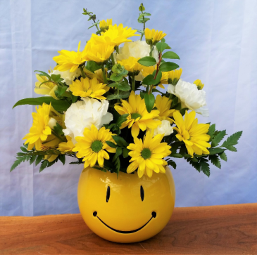 """Hello Sunshine"" Fresh Arrangement"