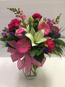"""""""Here's My Heart"""" Vase Arrangement"""