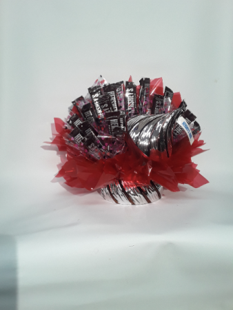 Hershey's candy dish bouquet