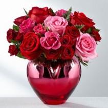 Hold Me In Your Heart Bouquet  Fresh Arrangement