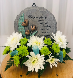 Holding On To Loved Ones Through Memories in Springfield, IL | FLOWERS BY MARY LOU