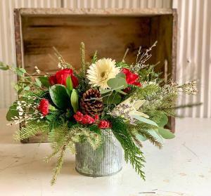 Holiday Centerpiece #2 Fresh Flower Centerpiece in Dixon, IL   WEEDS FLORALS, DESIGN & DECOR