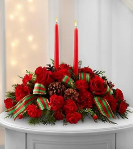 Holiday Centerpiece - SPECIAL FREE SHIPPING IN BARRIE in Barrie, ON   FLOWERS AND PINEWORLD