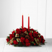HOLIDAY CLASSIC CENTERPIECE Christmas