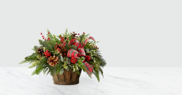 Holiday Home Comings Baskert Christmas Arrangement